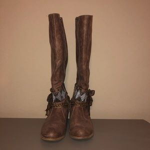 Not Rated Riding Boots with beads & bow • Size 8.5